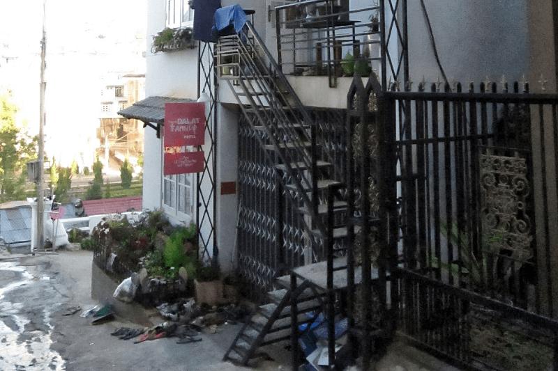 Außenansicht des Dalat Family Hostel in Vietnam