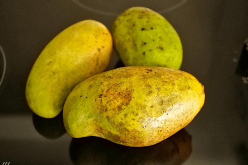 Die richtigen Mangos für Sticky Rice mit Mango